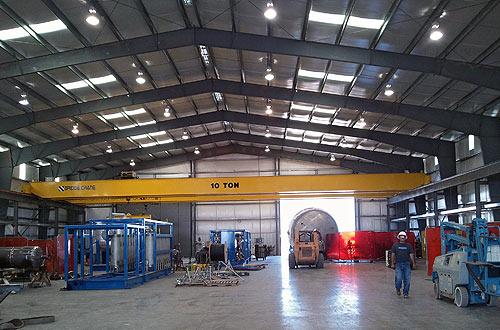 industrial-interior-crane